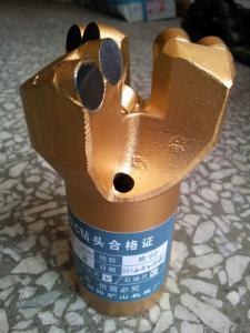 金钢石钻头
